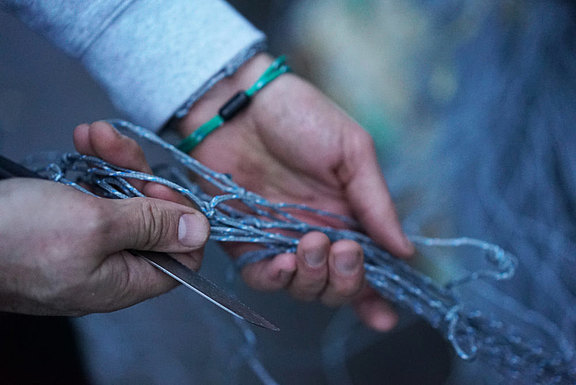bracenet-hand-made-from-ghost-nets.jpg